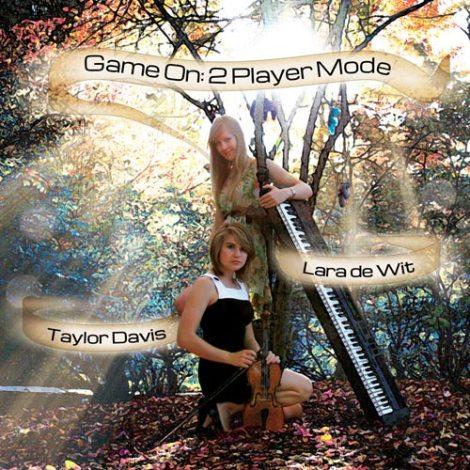 Taylor.Davis_..Lara_.de_.Wit-Game.On_.2.Player.Mode_